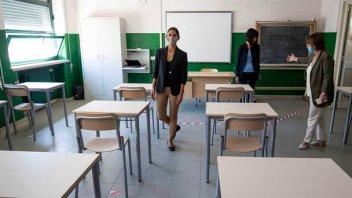 El consejo de Ministros italiano paralizó la educación presencial