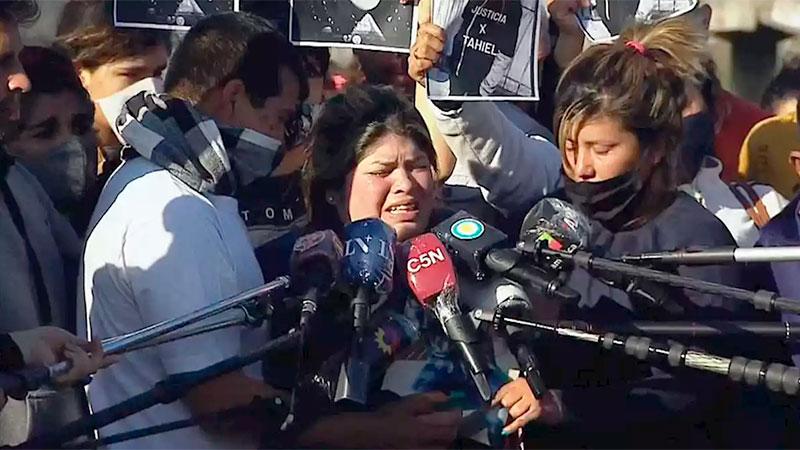 La madre de Tahiel pidió justicia por el asesinato de su hijo.