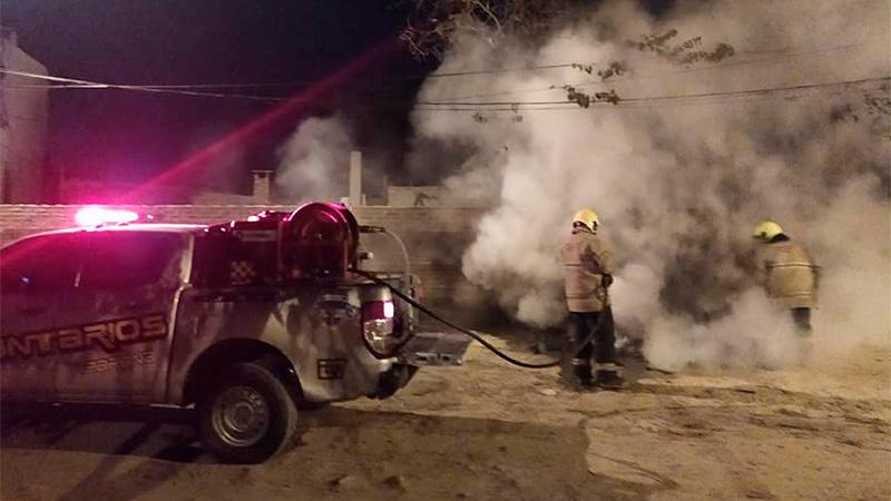 Incendio en zona de calle Cepeda y Daltes.