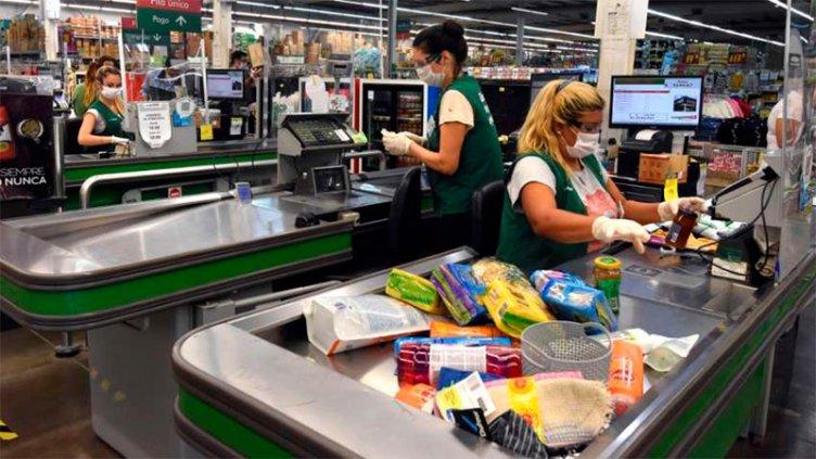 Empleados de comercio: gremio pidió suba de 25% para cerrar la paritaria 2020