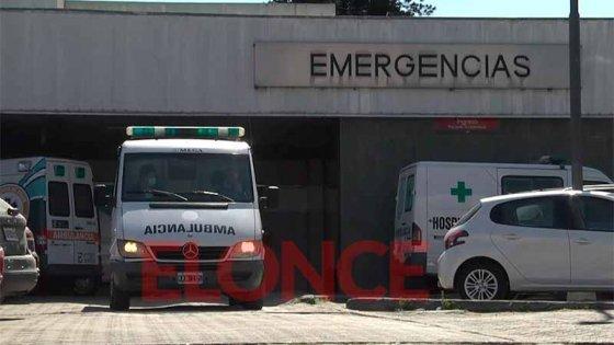 Un hombre fue apuñalado por su hermano tras violenta pelea: quedó hospitalizado