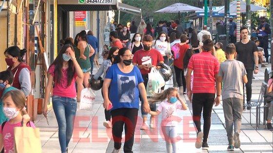 El lunes no habrá actividad comercial por el Día del Empleado Mercantil