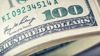 Informe CEDMA: comportamiento del dólar y una reforma estructural