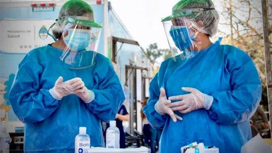 Confirmaron 424 muertes y 12.625 nuevos casos de covid-19 en Argentina