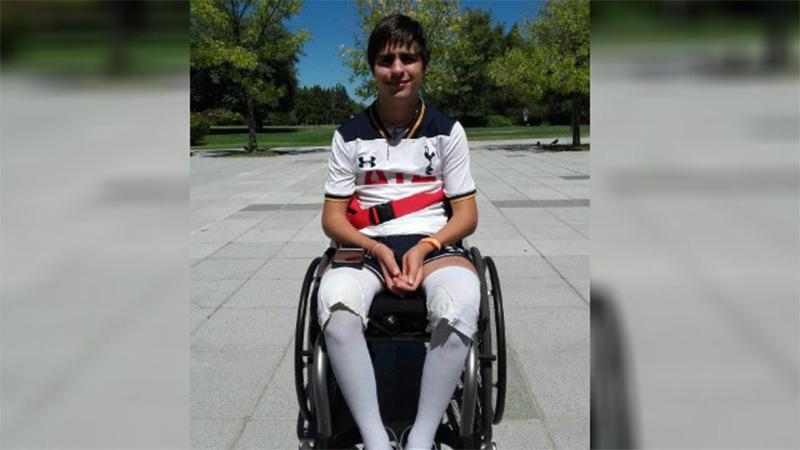 Tras el accidente, Bruno quedó en silla de ruedas