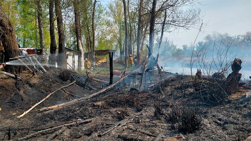 Incendio de pastizales puso en riesgo el Santuario de Gilda.