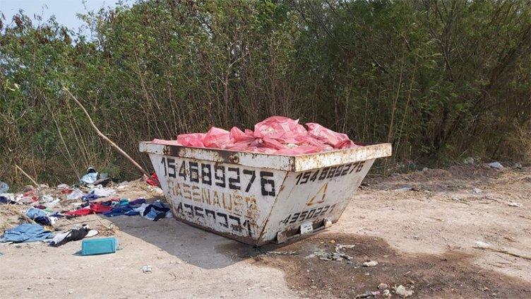 Investigan la aparición de animales faenados en contenedor del Parque Varisco