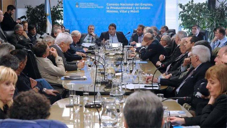El Gobierno convocó al Consejo del Salario Mínimo, Vital y Móvil