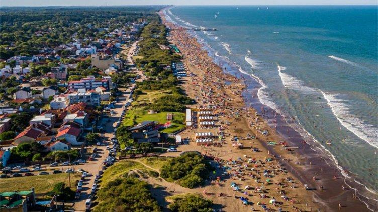 Temporada en la costa atlántica: ¿Qué se permitirá y qué no este verano?