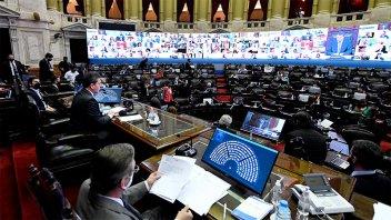 Diputados buscará renovar protocolo de sesiones mixtas hasta el 30 de noviembre