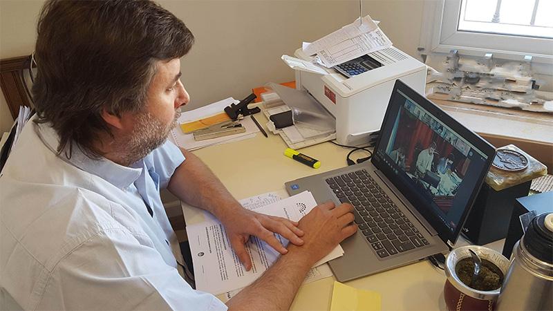 El diputado Nicolás Mattiauda en la sesión virtual