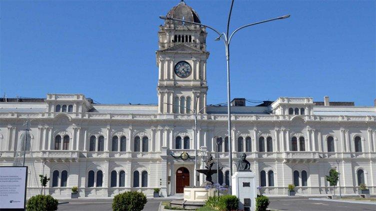Gobierno convocó a gremios estatales y docentes para dar inicio a las paritarias