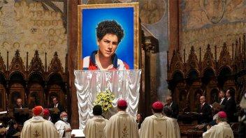 Fue beatificado Carlo Acutis, el adolescente que anticipó su muerte en un video