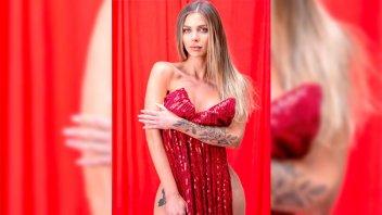 Romina Malaspina prendió fuego las redes con un vestido sensual y súper escotado