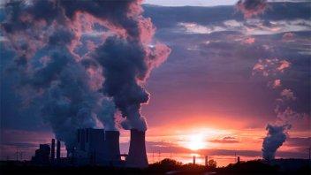 La Agencia Internacional de la Energía pide cero emisiones CO2 para el 2050
