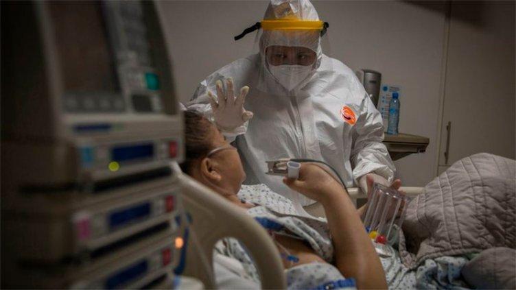 Reportaron 270 muertes y 16.350 casos de covid-19 en Argentina