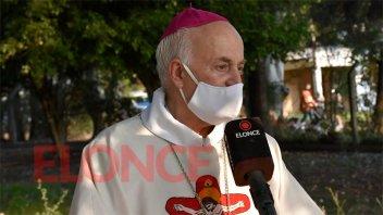 El arzobispo Juan Alberto Puiggari fue derivado a Buenos Aires para un chequeo