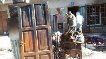 Murieron una mujer y sus nietas al incendiarse una vivienda