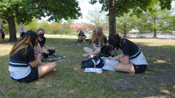 Alumnos de secundario realizaron una clase en el Parque Unzué