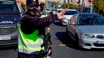 España: El gobierno estudia declarar el estado de alarma para frenar el covid-19