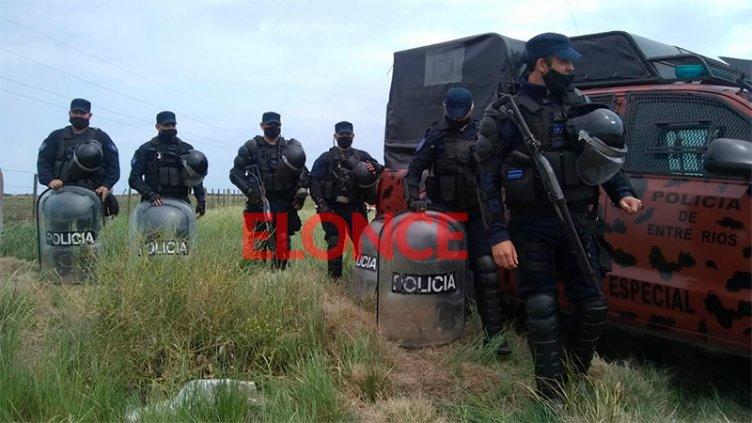 Conflicto en campo de Etchevehere: Despliegan más de 100 efectivos en la zona