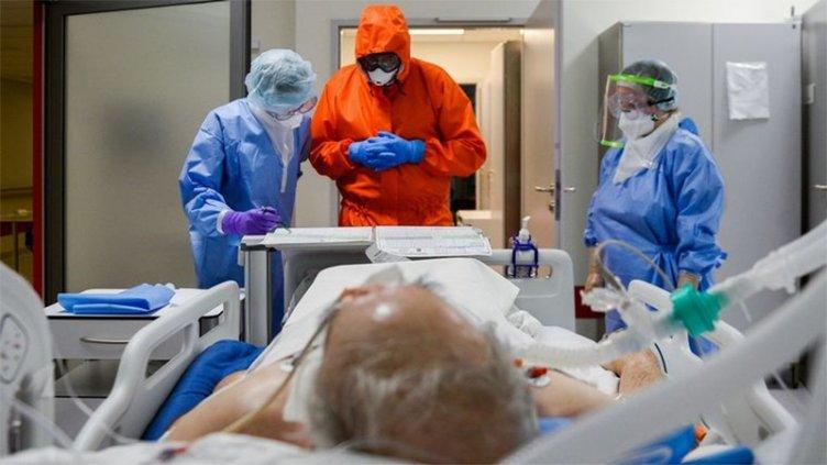 Otras 211 personas murieron y 9.745 fueron diagnosticadas con Covid en el país