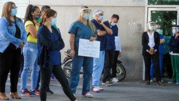 Ante el avance del covid, médicos de Rosario piden el aislamiento intermitente