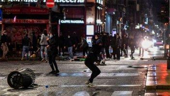 Italia: Manifestaciones contra restricciones anunciadas para frenar covid-19