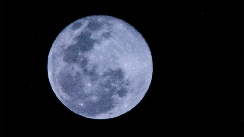 Luna azul: qué es y cuándo se verá en Argentina