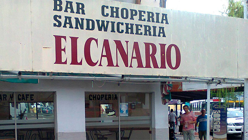 """Cerró el mítico bar """"El Canario"""" tras 48 años."""