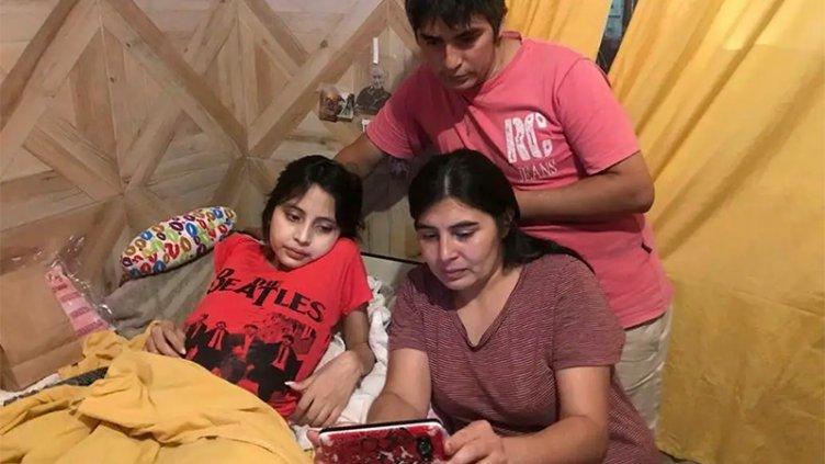 Internaron a niña con cáncer que no dejaron entrar en auto a Santiago del Estero