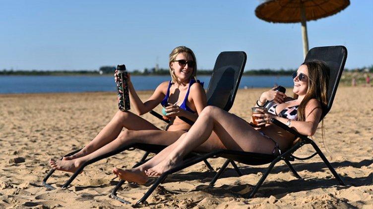 Bordet autorizó el comienzo de la temporada turística de verano en Entre Ríos