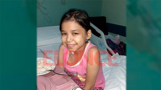Tras el trasplante, Elizabeth pasó a sala común: