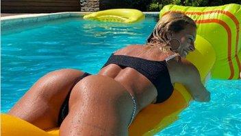 Con una diminuta bikini, Sol Pérez se subió a un inflable