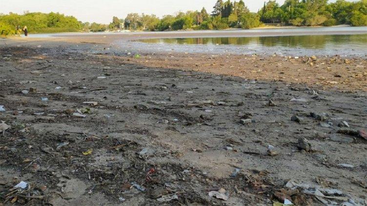 Imágenes de la bajante del río en Gualeguaychú: Podría faltar agua potable