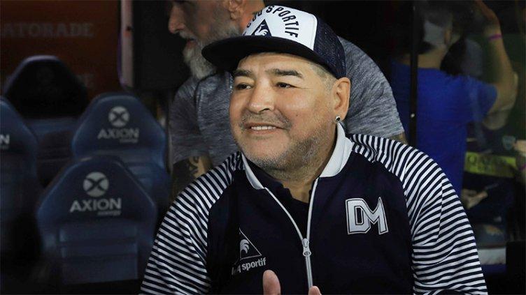 Pericias complementarias: buscarán tóxicos y analizarán el corazón de Maradona