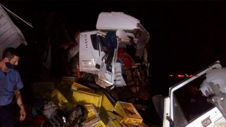 Murió camionero entrerriano tras chocar de frente contra un colectivo
