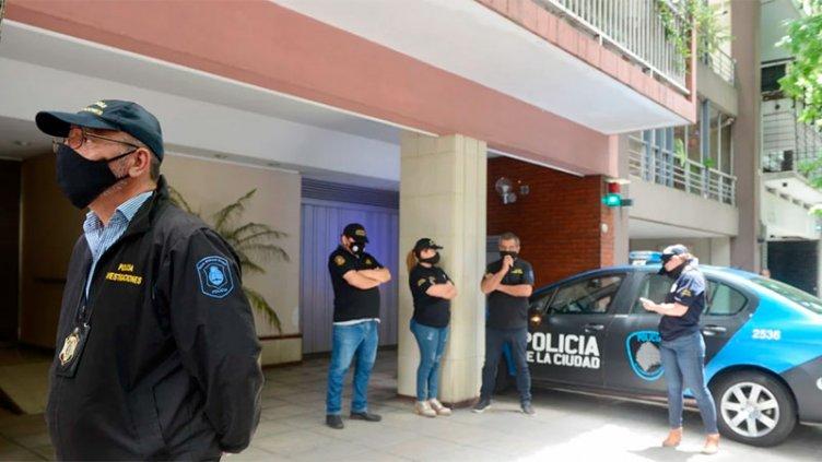 Allanaron el consultorio y la casa de la psiquiatra que atendía a Diego Maradona