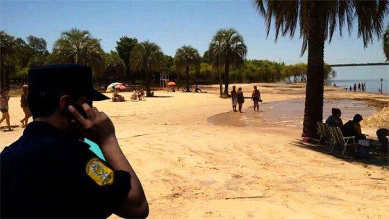 Acusada de homicidio y robo hallada en la playa: por qué tenía domiciliaria