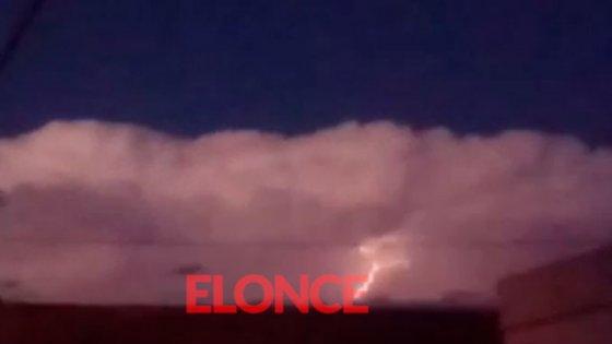 Video de amenazante nube con rayos antes del temporal en Nogoyá: datos de lluvia