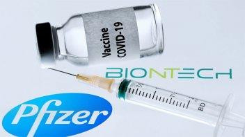 Pfizer y BioNTech afirman que no es necesaria otra vacuna contra nuevas cepas