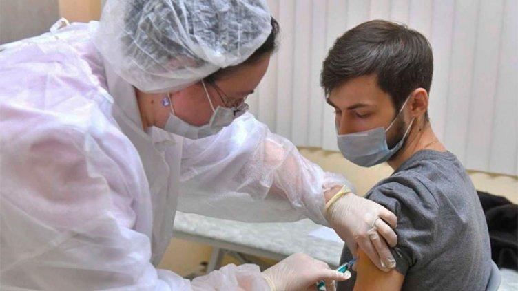 Rusia inició este sábado la vacunación masiva con la Sputnik V en Moscú