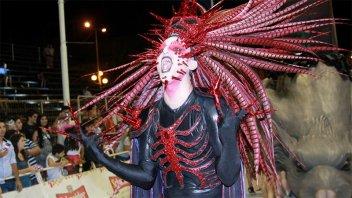 La comparsa Marí Marí festejará sus 40 años con un gran show en Capital Federal