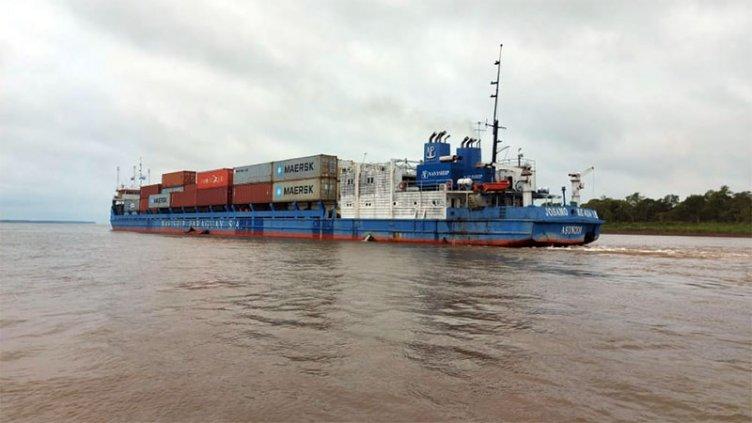 Prefectura inmovilizó a dos buques que navegaban en la Hidrovía Paraguay-Paraná