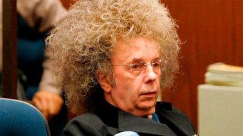 Murió preso y con coronavirus célebre ex productor de Los Beatles