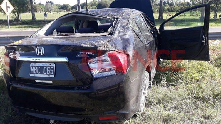 """Accidente en Acceso Norte de Paraná: """"Dimos entre dos y tres vueltas"""""""