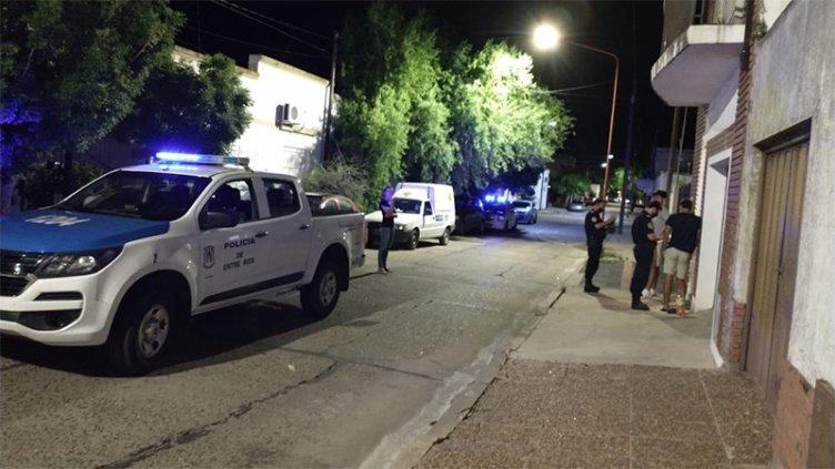 Vecinos denunciaron una fiesta clandestina donde participaban unas 20 personas