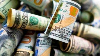 El dólar blue cerró en baja por primera vez en una semana