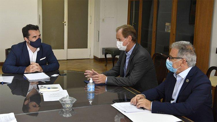 Bordet gestiona mejoras en la liquidación de los excedentes de Salto Grande