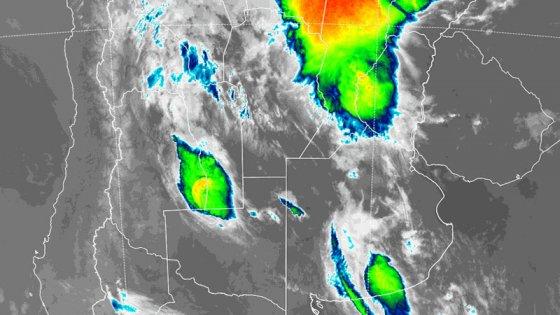 Volvió a diluviar en Paraná y varias provincias siguen en alerta por tormentas
